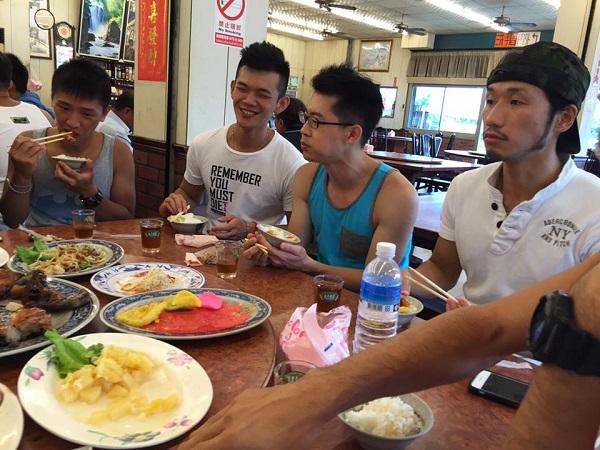 満喫台湾週末旅 小鮮肉(ショウシェンロウ)と海遊び&淡水観光<男性限定>3日間
