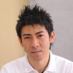 『琉球風水志』のシウマ先生。独自の「数風水(数意学)」は統計88%という驚異的な的中率で話題に。