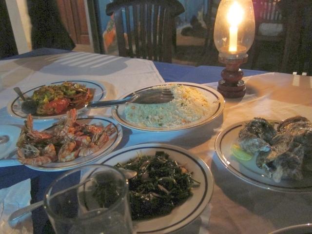 そしてお待ちかね、本場のスリランカ料理!